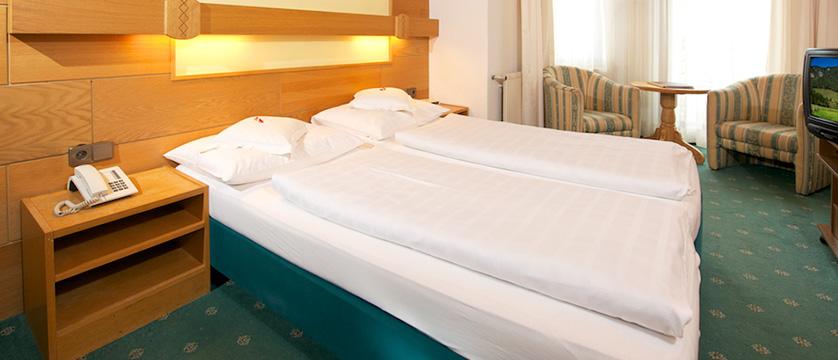 Hotel Seefelderhof, Seefeld, Austria - bedroom.jpg